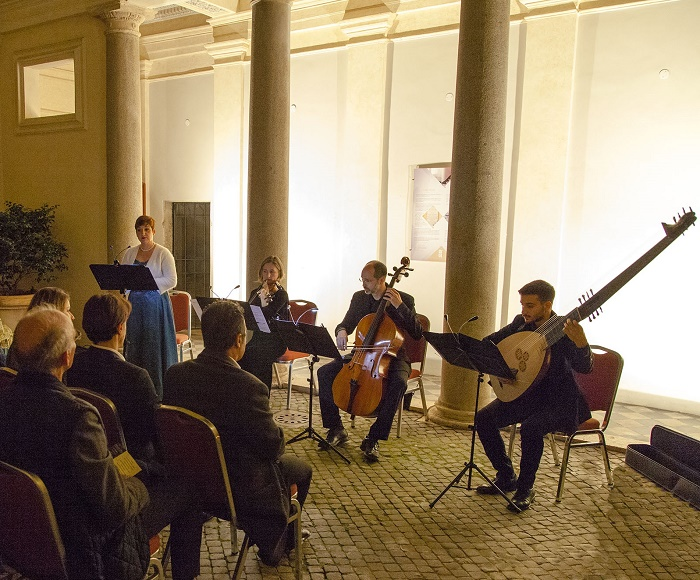 "Music, art and Aperitif in the gorgeous Terrace ""La Grande Bellezza"" (the Great Beauty) located in Piazza Navona for an unforgettable night. An exclusive concert under the stars with Vivaldi and Italian Opera, performed on original instruments of the"