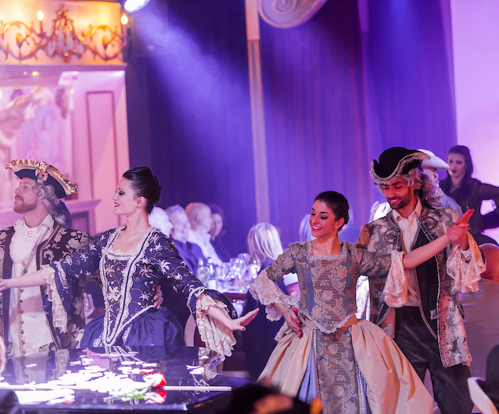 Let yourselves get carried away by an outburst of sets, costumes, lights and colours in a Sensory Journey among different times with Traditional Venetian Dances and our Grand Show Magic.