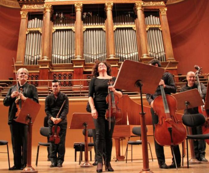 Vivaldi: Concerto for violin op. 8 n. 8 - Concerto for strings RV. 127 VIII Concerto di Parigi - Concerto for 2 violins, viola, cello RV. 575 - Concerto for bassoon RV. 484 - Rossini: Concerto for bassoon and strings - Respighi: Antiche Arie e Danze for s